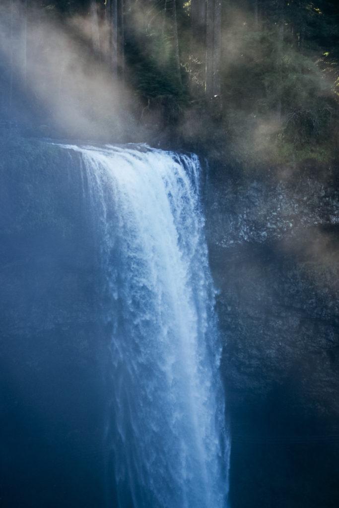 Embodiment for waterfall like Aquarius Season