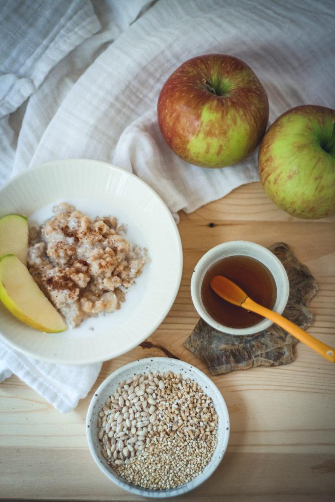 whole grain oatmeal slow cooked