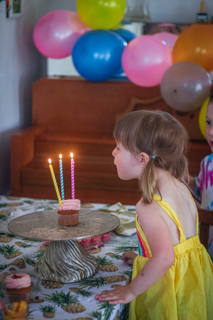 3 year old white girls birthday
