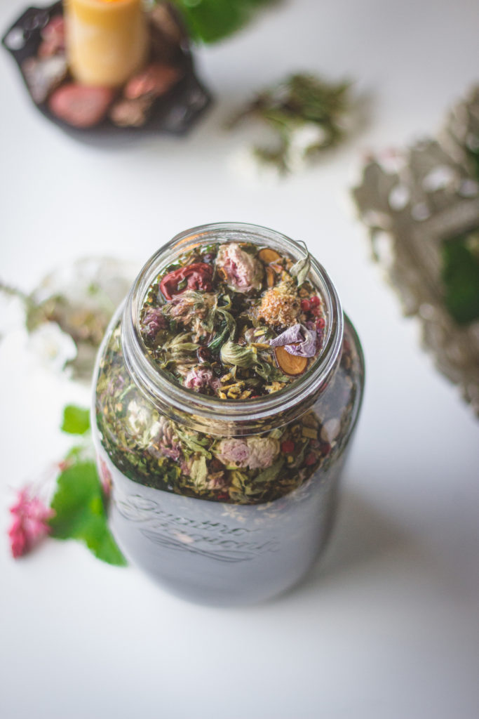 tea steeping glass jar