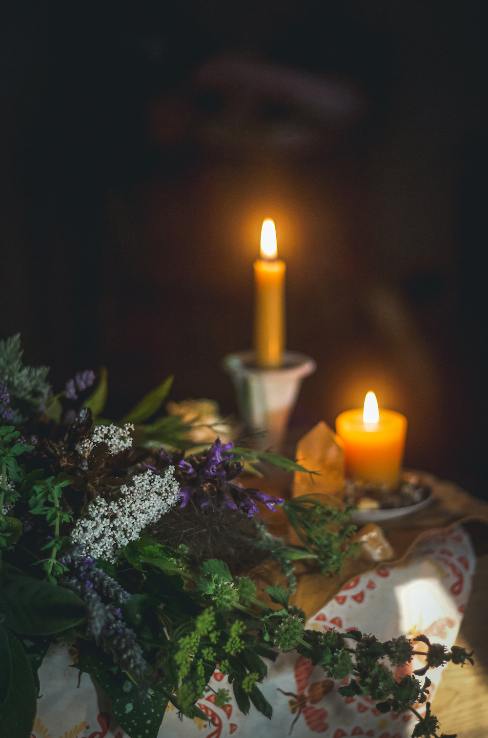 candles and herbs for gemini