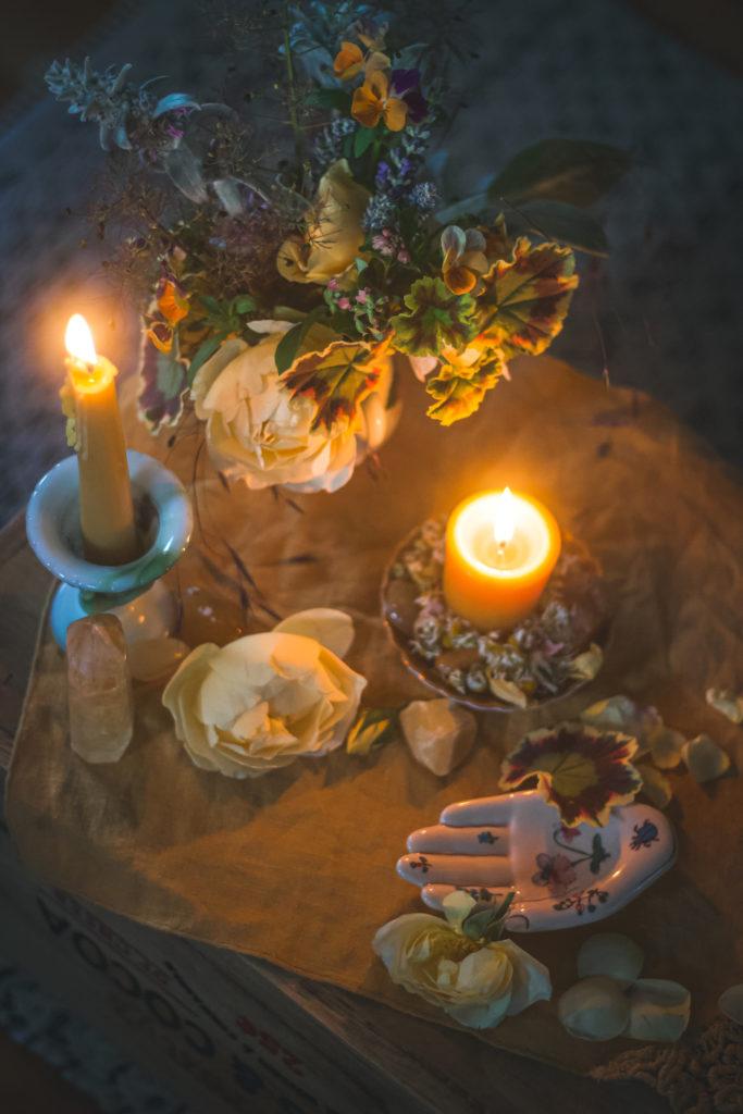 scaled back gemini altar